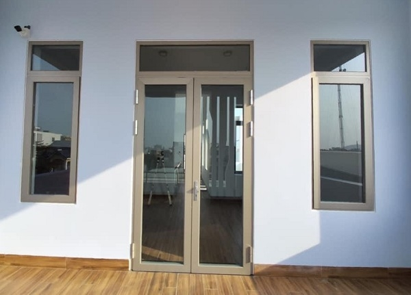 Hướng dẫn xác định kích thước cửa kính khung nhôm