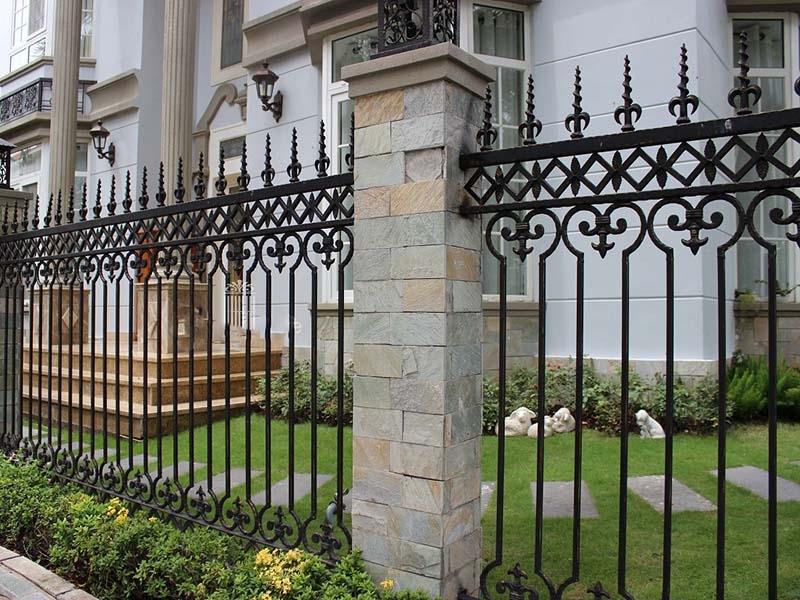 Top những mẫu hàng rào sắt đẹp không nên bỏ qua