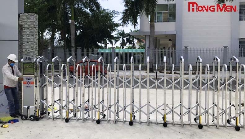 5 dấu hiệu báo động cổng xếp cần được bảo trì