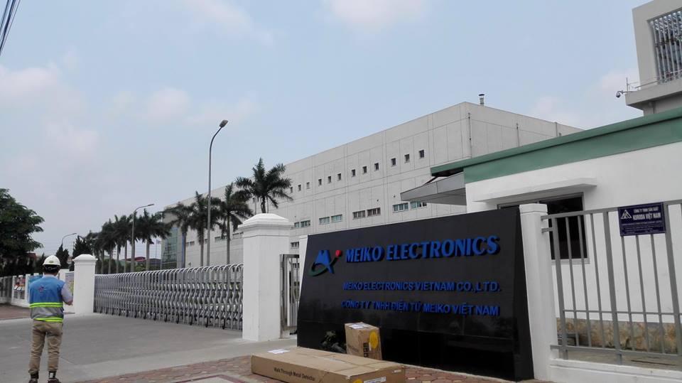 Lắp đặt cổng xếp tự động tại công ty TNHH Điện Tử Meiko Việt Nam