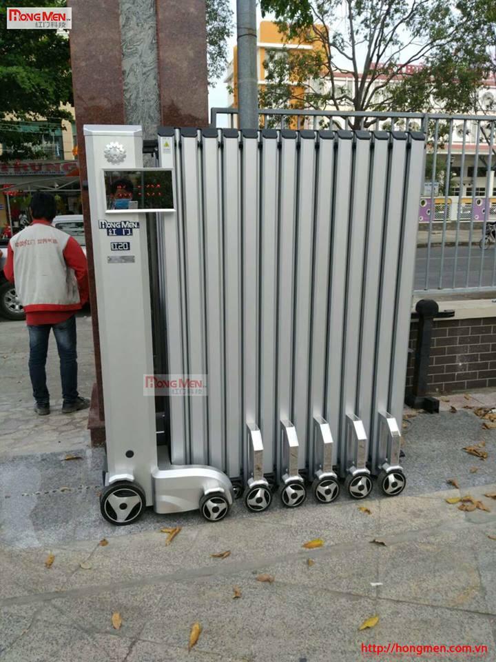 Lắp đặt cổng xếp tự động tại Agibank Tân an1