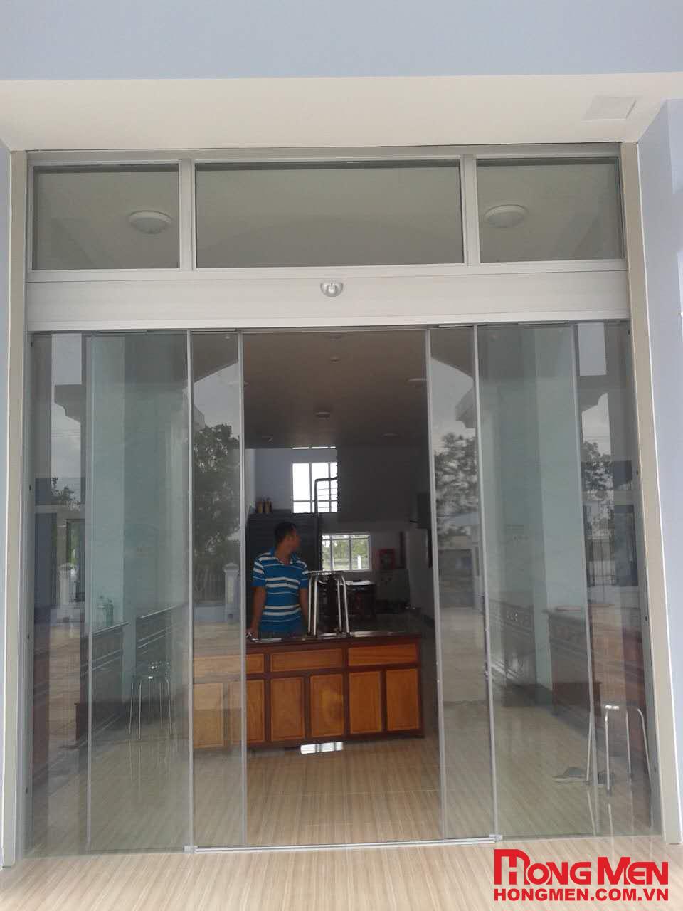 Lắp đặt cửa kính tự động Hồng môn tại Chi cục thuế huyện Thới Bình