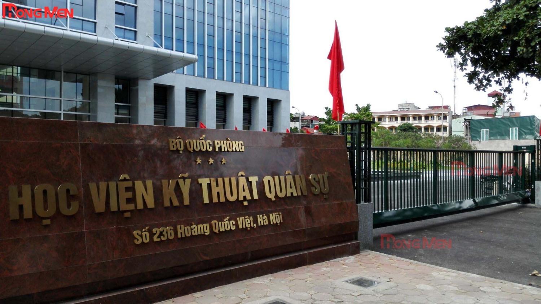 cong-treo-hop-kim-nhom-tu-dong-p706-h